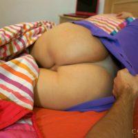 Brunette T-girl Mariana Cordoba and gentleman take turns draining each others giant schlong