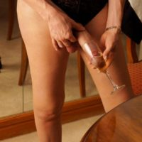 Leggy trans-girl Mariana Cordoba wedges monster-sized cock inside glass afore a mirror