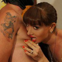 Mesh stocking garbed Mariana Cordoba receiving fellatio from man in mask